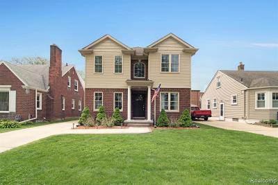 Grosse Pointe Woods Single Family Home For Sale: 1563 Anita Ave