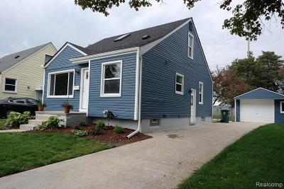 Royal Oak Single Family Home For Sale: 1328 W Windemere Ave