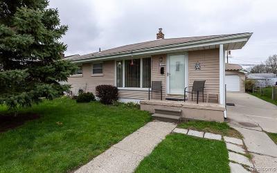 Wayne Single Family Home For Sale: 31630 Parkwood St