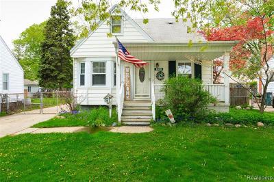 Royal Oak Single Family Home For Sale: 1819 Kalama Ave