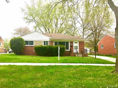 Livonia Single Family Home For Sale: 16005 Harrison St