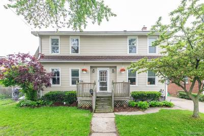 Saint Clair Shores Single Family Home For Sale: 22524 Doremus St