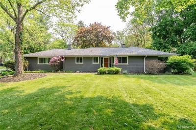 Bloomfield Hills Single Family Home For Sale: 4305 Meadowlane Crt