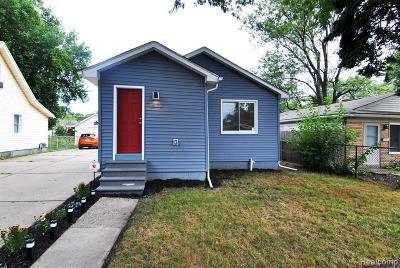 Hazel Park Single Family Home For Sale: 1412 E Jarvis Ave
