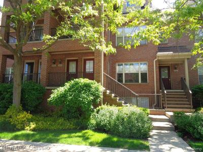 Royal Oak Condo/Townhouse For Sale: 1445 S Main St