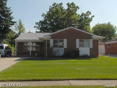 Southfield Single Family Home For Sale: 24632 Harden Ave