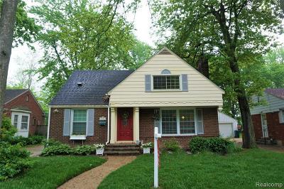 Berkley Single Family Home For Sale: 3922 Kenmore Rd