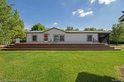 Lapeer Single Family Home For Sale: 6631 Wagner Rd