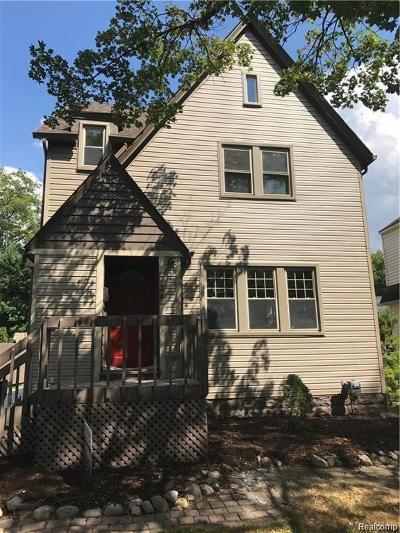 Royal Oak Single Family Home Sold: 724 Maplegrove Ave