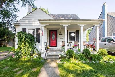 Berkley Single Family Home For Sale: 3565 Phillips Ave