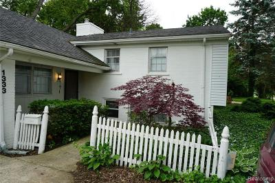 Birmingham Single Family Home For Sale: 1333 S Cranbrook Rd