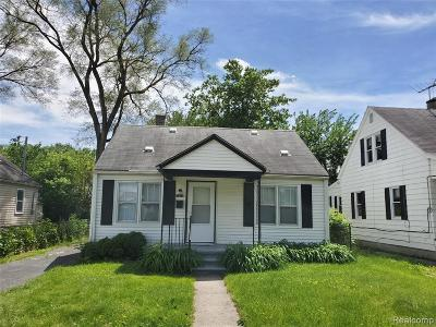 Hazel Park Single Family Home For Sale: 1316 E Hayes Ave