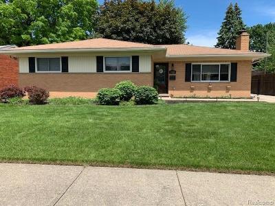 Royal Oak Single Family Home For Sale: 3926 Springer Ave