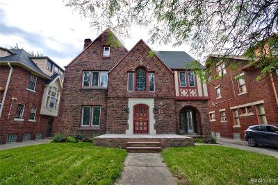 Detroit Single Family Home For Sale: 2315 W Boston Blvd