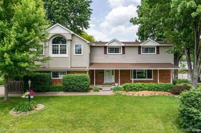 Shelby Twp Single Family Home For Sale: 6211 Westmoor Dr