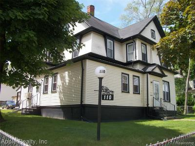Pontiac Single Family Home For Sale: 110 Whittemore St