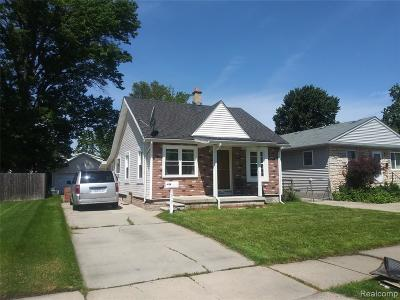Madison Heights Single Family Home For Sale: 30151 Alger Blvd