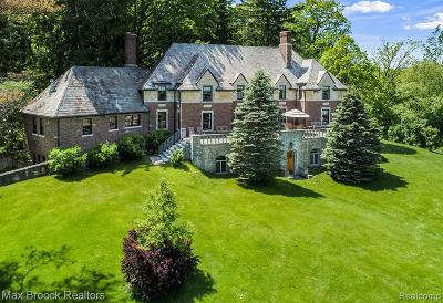 Oakland Twp Single Family Home For Sale: 3800 Adams Rd