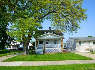 Eastpointe Single Family Home For Sale: 22503 Pleasant Ave