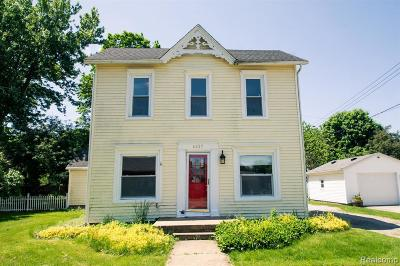 Lapeer Single Family Home For Sale: 4427 1st St