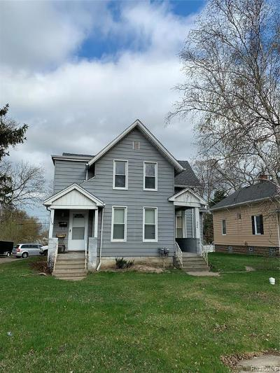 Clinton Township Multi Family Home For Sale: 326 N Gratiot Ave