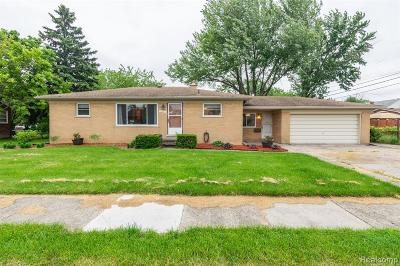 Eastpointe Single Family Home For Sale: 16940 Wilson Ave