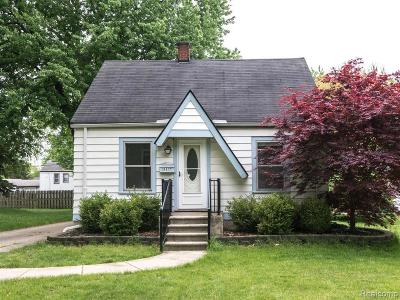 Wayne Single Family Home For Sale: 31477 Roslyn Ave