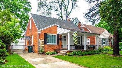 Royal Oak Single Family Home For Sale: 3031 Ferris Ave
