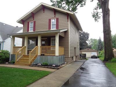 Wayne Single Family Home For Sale: 35241 Chestnut St