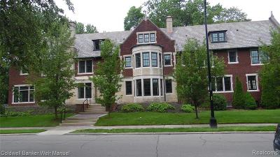 Grosse Pointe Single Family Home For Sale: 43 McKinley Plc