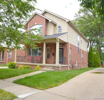 Birmingham Single Family Home For Sale: 1253 E Lincoln St