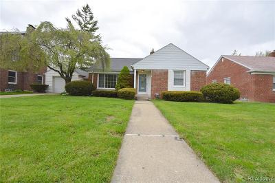 Royal Oak Single Family Home For Sale: 4240 Sheridan Dr