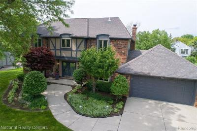 Bloomfield Hills Single Family Home For Sale: 4868 Quarton Rd N