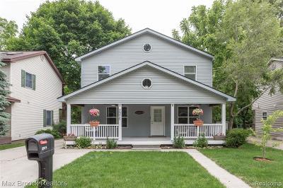 Oakland Single Family Home For Sale: 2975 Elam Crt