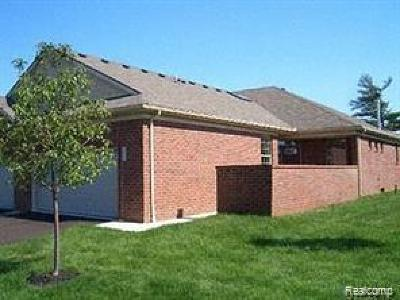 Shelby Twp Condo/Townhouse For Sale: 7603 Thomas