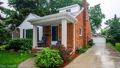 Huntington Woods Single Family Home For Sale: 13367 Victoria Ave