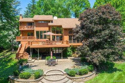 Bloomfield Hills Single Family Home For Sale: 1635 Hammond Crt