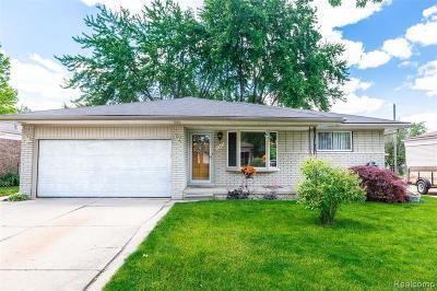 Fraser Single Family Home For Sale: 31245 Richert Rd
