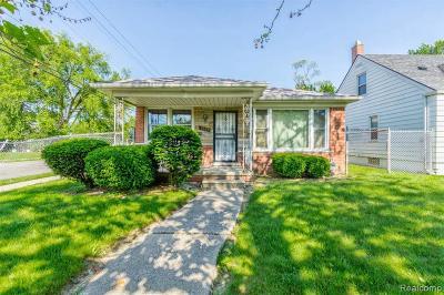 Detroit Single Family Home For Sale: 7444 Evergreen Ave