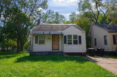 Detroit Single Family Home For Sale: 15656 Eastburn St