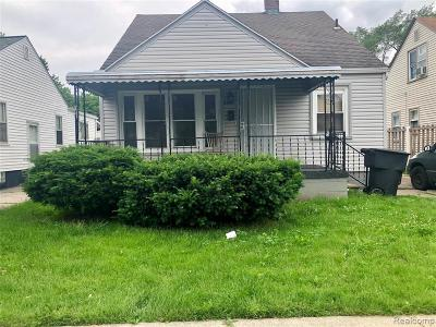 Detroit Single Family Home For Sale: 6445 Greenview Ave