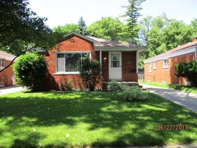 Detroit Single Family Home For Sale: 12621 Virgil St
