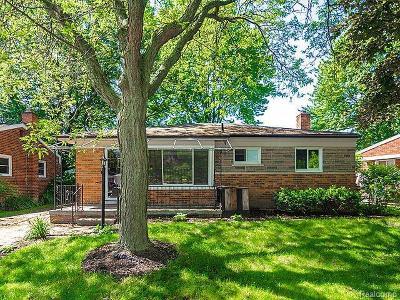 Wayne Single Family Home For Sale: 31641 Grant St