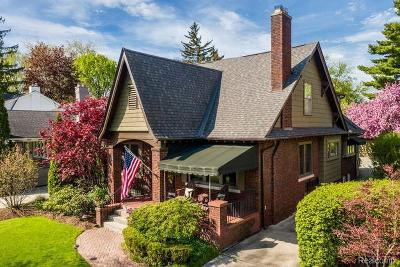 Grosse Pointe Single Family Home For Sale: 791 Fisher Rd