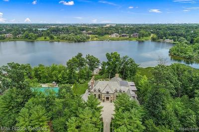 Bloomfield Hills Single Family Home For Sale: 2716 Turtle Ridge