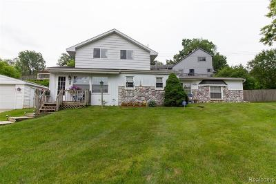 Clarkston Single Family Home For Sale: 4959 Lakeview Blvd