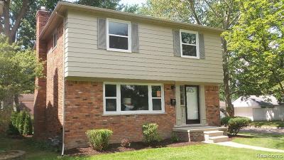 Grosse Pointe Woods Single Family Home For Sale: 1995 Littlestone Rd