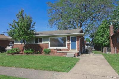 Trenton Single Family Home For Sale: 3170 Bridge St