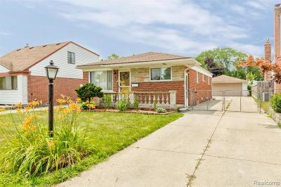 Dearborn Heights Single Family Home For Sale: 6527 Drexel St