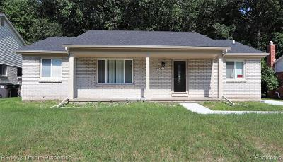 Taylor Single Family Home For Sale: 10203 Continental Dr